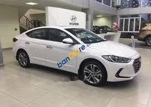 Bán ô tô Hyundai Elantra 1.6 AT đời 2018, xe mới hoàn toàn