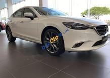 Bán Mazda 6 2.0 năm sản xuất 2018, màu trắng, xe mới hoàn toàn