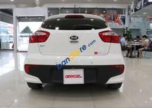 Cần bán gấp Kia Rio 1.4AT sản xuất 2016, màu trắng