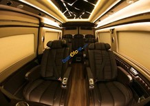 Bán xe Ford Transit Limousine phiên bản trung cấp