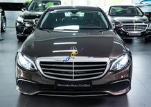 Mercedes E200 odo chỉ 20km, trả trước 420tr nhận xe