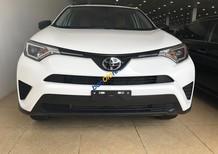 Cần bán Toyota Rav4 LE năm sản xuất 2017, màu trắng, xe nhập chính chủ