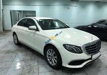Bán xe Mercedes E200 trắng 2018 chính hãng. Trả trước 600 triệu nhận xe