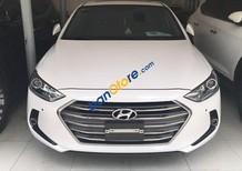 Bán xe Hyundai Elantra 2.0 sản xuất năm 2016, màu trắng như mới, 645 triệu
