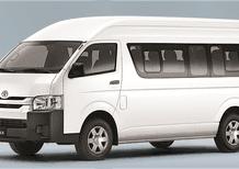 Bán ô tô Toyota Hiace 3.0L 2018, màu trắng, nhập khẩu