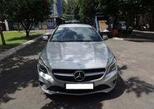 Cần bán Mercedes Benz CLA 200 xe nhập khẩu, màu bạc năm SX 2015