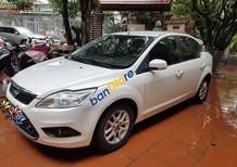 Bán Ford Focus năm sản xuất 2010, màu trắng, 345 triệu