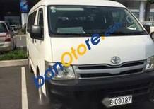 Cần bán lại xe Toyota Hiace 2011, màu trắng