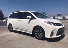 Bán Toyota Sienna Limited sản xuất 2018, model 2019, bản cao cấp nhất, trang bị động cơ 3.5V6, hộp số 8 cấp