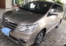 Bán Toyota Innova E sản xuất 2015, màu vàng số sàn