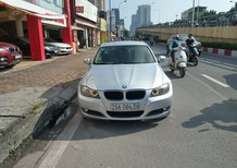 Bán BMW 320i 2.0 Sx 2010, odo 9 vạn, màu bạc/kem, nhập Đức