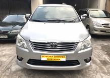 Cần bán Toyota Innova 2.0 E 2012, màu bạc