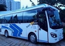 Cần bán xe Thaco Universe sản xuất năm 2017, màu trắng, xe công ty du lịch 1 chủ nên giữ kỹ