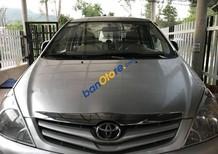 Cần bán xe Toyota Innova G 2010, màu bạc