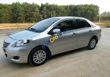 Bán ô tô Toyota Vios E sản xuất 2010, màu bạc, giá tốt