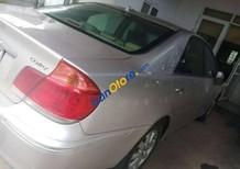 Cần bán xe Toyota Camry năm 2002 chính chủ, giá 295tr