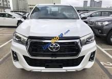 Bán ô tô Toyota Hilux 2.8 AT năm sản xuất 2018, màu trắng, nhập khẩu