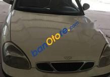 Cần bán gấp Daewoo Nubira năm 2002, màu trắng