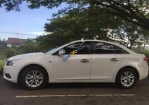 Cần bán gấp Chevrolet Cruze năm sản xuất 2011, màu trắng
