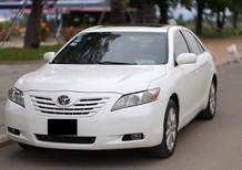 Thanh lí trả nợ cần bán xe Toyota Camry bản 2.5G màu trắng nhập nguyên chiếc