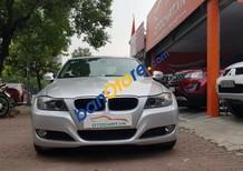 Cần bán lại xe BMW 3 Series 320i năm sản xuất 2010, màu bạc, nhập khẩu