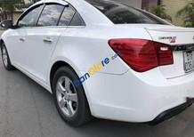 Bán xe Chevrolet Cruze năm sản xuất 2014, màu trắng xe gia đình