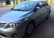 Cần bán Toyota Corolla Altis năm sản xuất 2011, màu bạc số sàn