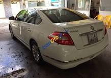 Bán Nissan Teana sản xuất 2011, màu trắng, giá 550tr