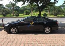 Xe Toyota Camry 2.0E sản xuất năm 2015, màu đen, giá chỉ 885 triệu