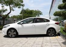 Cần bán xe Kia Cerato 1.6 SMT sản xuất 2018, màu trắng