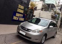 Bán Toyota Sienna 2009 LE nhập Mỹ, vàng kim, xe gia đình ít đi