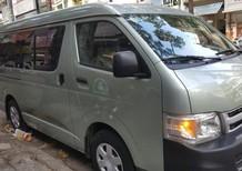 Cần bán gấp Toyota Hiace năm 2011, xe cũ
