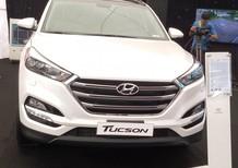 Bán xe Hyundai Tucson 2.0AT full 2018 máy xăng màu trắng/ trả góp 80%