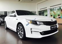 Cần bán xe Kia Optima năm 2018, màu trắng