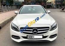 Cần bán lại xe Mercedes 2.0 AT sản xuất năm 2015, màu trắng số tự động