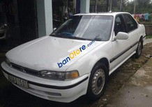 Bán Honda Accord năm 1989, màu trắng xe gia đình, giá 95tr