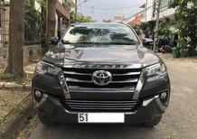 Cần bán xe Toyota Fortuner AT model 2018, màu xám, xe nhập