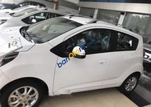 Bán xe Chevrolet Spark sản xuất 2018, màu trắng, xe nhập, giá chỉ 299 triệu