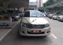 Cần bán xe Toyota Hilux 2.5G sản xuất năm 2012, màu bạc, xe nhập, số sàn