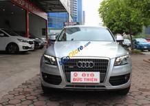 Cần bán xe cũ Audi Q5 2.0AT năm 2011, màu bạc