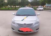 Bán xe Toyota Vios Limo đời 2011, màu bạc, xe đẹp