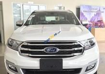 Cần bán xe Ford Everest Titanium 4x2 năm sản xuất 2018, màu trắng, xe nhập