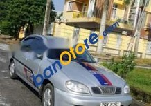 Bán xe Daewoo Lanos năm sản xuất 2001, màu bạc xe gia đình