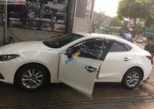 Bán Mazda 3 năm sản xuất 2016, màu trắng
