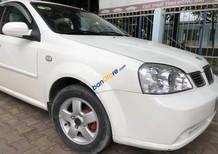 Bán Daewoo Lacetti sản xuất năm 2004, màu trắng xe gia đình
