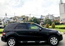Cần bán lại xe Mercedes ML 350 sản xuất năm 2007, màu đen, nhập khẩu nguyên chiếc số tự động