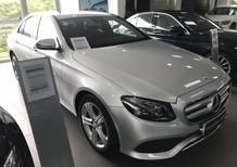 Bán xe Mercedes E250 bạc cũ - lướt 8/2018 chính hãng