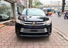 Cần bán xe Toyota Highlander LE sản xuất năm 2018, màu đen, xe nhập