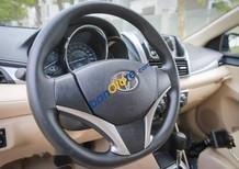 Bán Toyota Vios sản xuất 2017, màu trắng, giá tốt