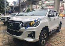 Bán xe Toyota Hilux 2.8 AT năm 2018, màu trắng, xe nhập